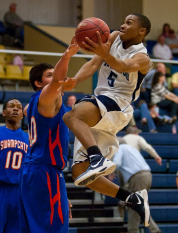 Mark Morgan / Mark MorganQuarterfinal SCISA playoff action between Lawrence Manning Academyr and Pinewood Prep Wednesday in Sumter.